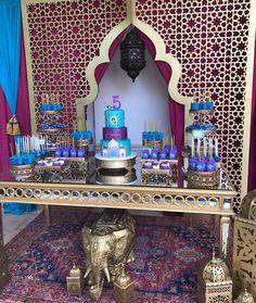 quinceanera party planning - New Deko Sites Arabian Theme, Arabian Party, Arabian Nights Theme, Aladdin Birthday Party, Aladdin Party, Birthday Party Planner, Moroccan Party, Moroccan Theme, Festa Tema Arabian Nights