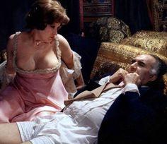 """Andrea Ferreol con Michel Piccoli in """"La grande abbuffata"""" (dir. Marco Ferreri)"""