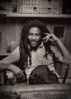 "Dedicated to Robert Nesta Marley (Bob Marley). One Love, Jah Love. Jah loveth the gates of Zion more than all the dwellings of Jacob"" -Bob Marley. Reggae Rasta, Reggae Music, Rasta Man, Pop Rock, Rock And Roll, Music Love, Music Is Life, Heavy Metal, Marley Family"