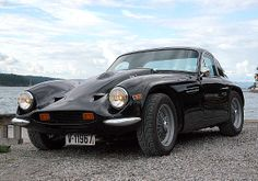 1800 S   Fitted from new with a 2.5 Daimler V8 and close ratio gearbox by TVR