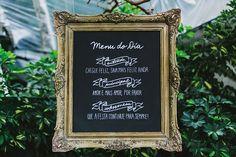 Decoração: Viviane Grätz. O casamento de Thaísa e Léo foi publicado no Euamocasamento.com e as fotos são de Juliana Pessoa Fotografia. #euamocasamento #NoivasRio