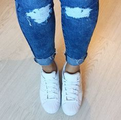 Ripped jeans + classic white Adidas Superstar Foundation Trainers = Instant style @nailsbychesca