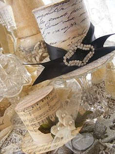 vintage top hats using old letters and sheet music. Would be delightful for a display for a new years eve party! Old Letters, Christmas Crafts, Christmas Ornaments, Christmas Hat, Christmas Goodies, Christmas Carol, Christmas Printables, Christmas Decorations, Table Decorations