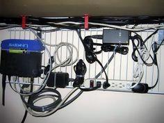 organizar cables en el hogar y oficina