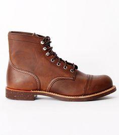 8111 Iron Ranger brown boots
