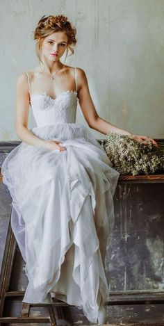 Wonderful Perfect Wedding Dress For The Bride Ideas. Ineffable Perfect Wedding Dress For The Bride Ideas. Bridal Skirts, Bohemian Wedding Dresses, Colored Wedding Dresses, Boho Wedding Dress, Bridal Gowns, Wedding Gowns, Wedding Dress Petite, Tulle Wedding, Bohemian Weddings