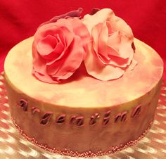 Romantic chocolate cake with wild berries mousse filling  http://passionecupcakes.blogspot.it/