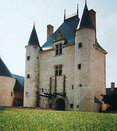 Château de Chamerolles --  Région Centre Val de Loire   Département Loiret   Commune Chilleurs-aux-Bois