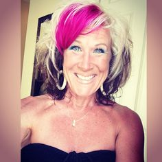 Glowing! Sandi Krakowski! :) I think this is my favorite picture of her! :)  #hotpink #hotpinkhair #pinkhair