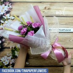 Roses Discover DIY FLOWER BOUQUET The perfect flower bouquet gift which wont ever wither nor cause allergic reactions. Candy Bouquet Diy, Flower Bouquet Diy, Bouquet Wrap, Paper Bouquet Diy, Money Bouquet, Boquet, Paper Flower Arrangements, Paper Flowers Diy, Flower Crafts