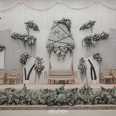Wedding Stage Backdrop, Wedding Backdrop Design, Wedding Stage Design, Indoor Wedding Decorations, Wedding Welcome Board, Wedding Table Layouts, Decoration Photo, Wedding Altars, Garden Party Wedding