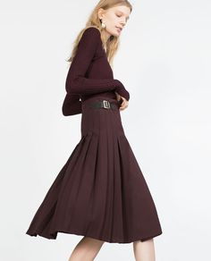 Zara MID-LENGTH BOX PLEAT SKIRT WITH SIDE BUCKLES $50
