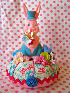 Vintage Plastic Easter Bunny Pin Cushion CUTE