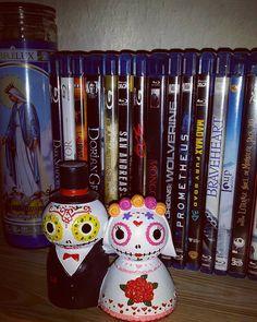 "52 mentions J'aime, 3 commentaires - Ursula Vienparla (@lylie_dark) sur Instagram: ""Chose et machin... #thing #deco #style #married #muerta #movie #timburton #madmax #candle #detail…"""