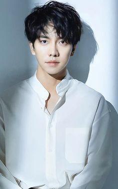 Asian Actors, Korean Actors, Lee Seung Gi, Kdrama Actors, Korean Men, Asian Boys, Korean Drama, Cute Boys, Movie Stars