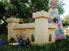 Natural Wooden Play Castle with Royal Family by AToymakersDaughter