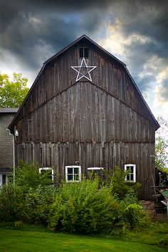 We used to have a huge aluminum foil and wood star from my sister's prom in the eave of our first barn...that was until lightening struck it and burned it to the ground in 1961!!!!!   All sizes | barn | Flickr - Photo Sharing!