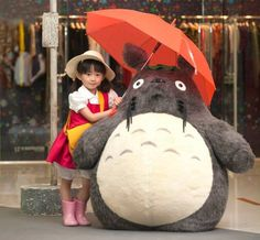 "This Totoro Cosplay Will Make You Say ""Awwww"""