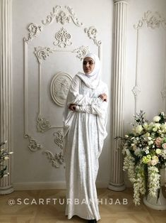 White color velvet fee size maxi dress with hood, mantle dress, plus size evening clothing, wedding elegant dress, Muslim abaya