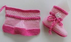 Construction of Two Color Baby Boots with Two Bottles - Babykleidung Knitted Booties, Crochet Slippers, Knitted Hats, Knitting For Kids, Baby Knitting Patterns, Hand Knitting, Baby Girl Boots, Knitted Baby Clothes, Free Baby Stuff