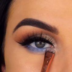 makeup video eye make up tutorial video. learn and enjoy the magic of eye make up tutorial. eye make up tutorial video. learn and enjoy the magic of eye make up tutorial. Makeup 101, Makeup Goals, Eyebrow Makeup, Love Makeup, Skin Makeup, Makeup Inspo, Eyeshadow Makeup, Makeup Inspiration, Beauty Makeup