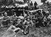 Guerrilla bóer en Spioenkop, Battle of Spioenkop, Second Boer War World Conflicts, Last Battle, The Settlers, My Heritage, African History, Military History, Wwi, Old Pictures, Warfare