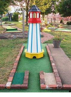 What Is the Correct Golf Swing? Golfers the world over are always in search of the perfect golf swing or the right golf swing. Putt Putt Golf, Golf Card Game, Dubai Golf, Crazy Golf, Golf Training Aids, Masters Golf, Miniature Golf, Best Golf Courses, Perfect Golf