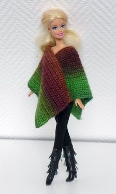 Crochet doll clothes: poncho ++ hat-Puppenkleidung häkeln: Poncho ++ Hut Crochet pattern: poncho in different variants + hat - Barbie Outfits, Barbie Clothes Patterns, Crochet Barbie Clothes, Barbie Dress, Clothing Patterns, Barbie Barbie, Knitting Dolls Clothes, Knitted Dolls, Crochet Dolls