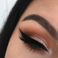 Pinterest||EmmCornett . . . . . .  .  .  . #makeup