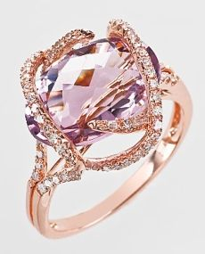 i would die HAPPY in this ring....OMG rose gold and pink amethyst...together....in such harmonious splendor?? Yes! Yes! Yes!!