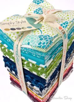 Fat Quarter Bundle of Simply Style by V & Co for Moda Fabrics