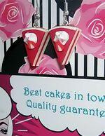 Strawberry cakepieces