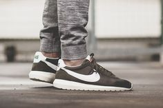 separation shoes 2a902 fd0fd Nike Roshe LD-1000