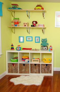 WE HAVE THIS BOOKCASE SO IT IS COOL TO SEE HOW WE COULD MOVE IT FROM THE OFFICE TO ONE OF THE KIDS ROOMS.