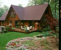Home - Hiawatha Log Homes Log Cabin Living, Small Log Cabin, Tiny House Cabin, Log Cabin Homes, Cottage Homes, Barn House Plans, Log Cabin Plans, Dream House Exterior, Cabins And Cottages
