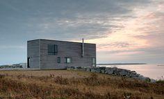 Cliff House MacKay-Lyons Sweetapple Architects Nova Scotia, Canada Photo © Greg Richardson