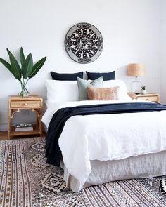 50 Modern Farmhouse Bedroom Decor Ideas Makes You Dream Beautiful In 2019 – - Home Decoraiton Home Decor Bedroom, Modern Farmhouse Bedroom, Home, Apartment Interior, Apartment Interior Design, Cheap Home Decor, Apartment Decor, Interior Design, Interior Design Bedroom