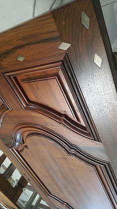 Flush Door Design, Wooden Main Door Design, Main Gate Design, Door Gate Design, Door Design Interior, Dining Room Furniture Design, Flush Doors, Cupboard Design, Wooden Doors