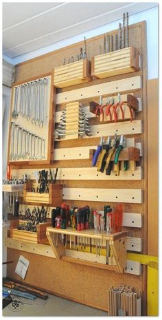 Garage Storage Made In Usa and Pics of Garage Organization Ideas Diy. Garage Storage Made In Usa und Bilder von Garage Organisation Ideas Diy. Garage Organization Tips, Garage Tool Storage, Workshop Storage, Garage Tools, Shed Storage, Diy Storage, Workshop Ideas, Office Organization, Wall Storage
