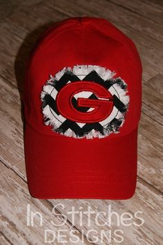 ddb6f1eaf94 UGA baseball hat  chevronhat  uga www.facebook.com institchesdesigns1  Georgia Girls
