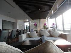 Executive Lounge at the Millennium Hilton, Bangkok