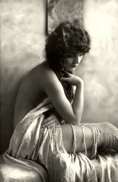 Ziegfield Girl circa 1910's