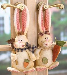 - Double the bunnies, double, the Easter fun! Rabbit Crafts, Bunny Crafts, Felt Crafts, Easter Crafts, Crafts To Make, Diy Crafts, Spring Crafts, Holiday Crafts, Diy Ostern