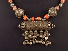 Old bedouin coral and silver Yemenite necklace, Yemen jewelry, silver hirz, Muslim amulet, ethnic tribal necklace, old ethnic necklace
