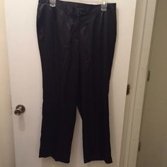 Plus size satin holiday pants Super chic with elastic on the sides! Perfect for the holidays! 16w Pants