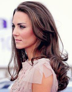 Kate's hair is long, brown, and gorgeous! #healthyhair #divinecaroline #hair