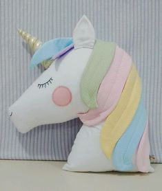 Best 11 New sewing baby room cushions ideas – SkillOfKing. Unicorn Cushion, Unicorn Pillow, Sewing Crafts, Sewing Projects, Handmade Soft Toys, Crochet Hook Set, Fabric Animals, Unicorn Crafts, Sewing Pillows