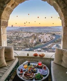 Best Honeymoon Resorts And Where To Go ★ best honeymoon resorts kapadokya museum hotel turkey breakfast and balloons Places To Travel, Travel Destinations, Places To Visit, Best Honeymoon Resorts, Museum Hotel, Turkey Photos, Cappadocia Turkey, Cappadocia Balloon, Gap Year