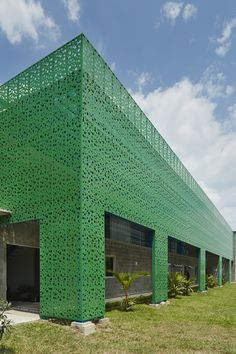 BuildDirect Africa - Africa's First and Biggest Laser Cut Building Addition Manufacturer Laser Cut Aluminum, Laser Cut Steel, Exterior Wall Panels, Exterior Cladding, Building Exterior, Building Facade, Hunter Douglas, Build Direct, Decorative Screen Panels