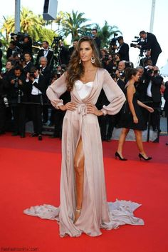 "Stunning Izabel Goulart wearing Ralph & Russo Couture dress at the ""Loving"" premiere during the 69th annual Cannes Film Festival. #cannes #festivaldecannes #izabelgoulart"